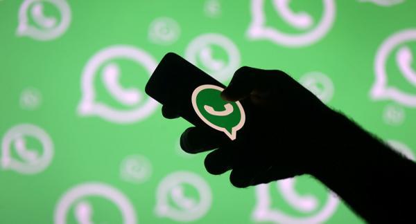 واتساب تقلل عدد مستقبلي الرسائل المعاد توجيهها لمحاربة نشر الشائعات