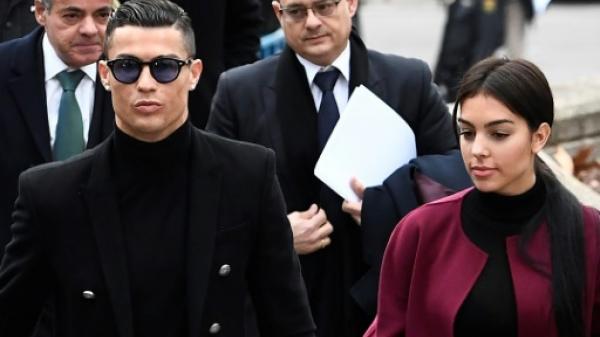 رونالدو يعود الى مدريد للمثول أمام المحكمة في قضية التهرب الضريبي