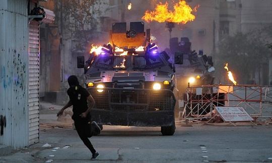 وكيل إيران في البحرين يهدد بمزيد من الهجمات ضد أهداف محلية وغربية