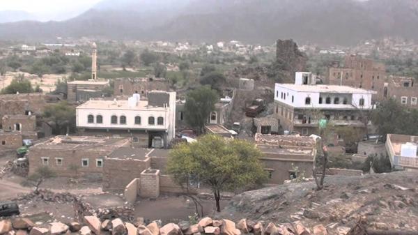 مليشيا الحوثي تقصف بالكاتيوشا قرى العود بقعطبة الضالع