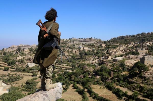 قتلى وجرحى حوثيون وأسر اثنين وفرار من تبقى في معارك ضارية شهدتها جبهة الكدحة بتعز