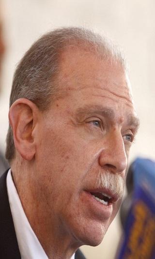 الأدوار المشبوهة لجيرالد فايرستاين في اليمن تنفيذًا لأجندة قطرية وإيرانية