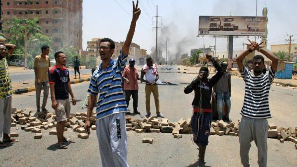 السودان.. استئناف وشيك للحوار بعد تعليق العصيان المدني