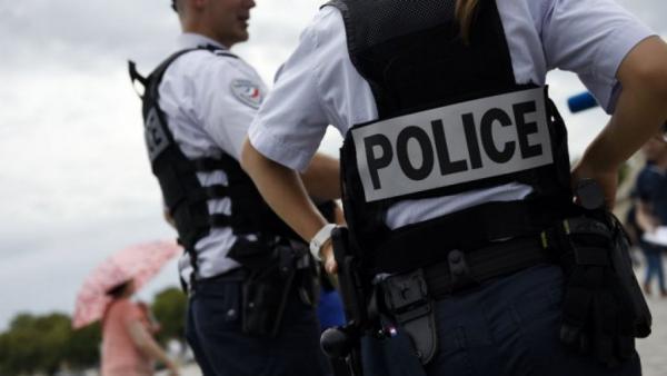فرنسا: تفكيك خلية للنازيين الجدد خططت لمهاجمة أماكن عبادة يهودية ومسلمة