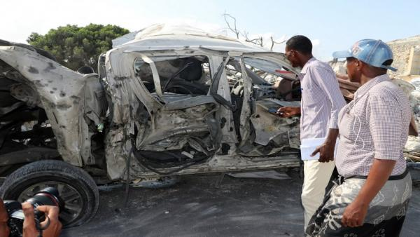 الصومال: مقتل واصابة 24 شخصا على الأقل بانفجار سيارة مفخخة بالقرب من البرلمان