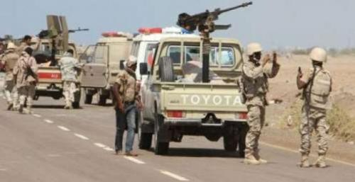 القوات المشتركة تحكم سيطرتها على مدرج مطار الحديدة