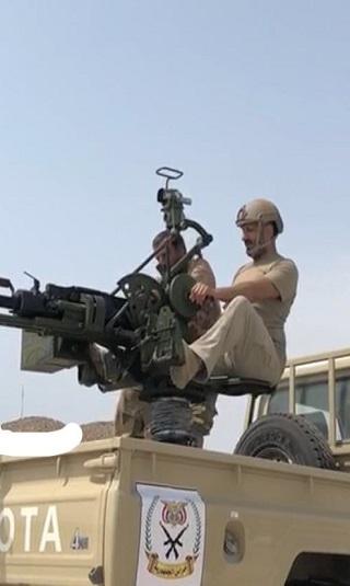 العميد طارق صالح يوجّه دعوة لليمنيين ويؤكد: الحوثي يتوسل أمريكا لتحميه