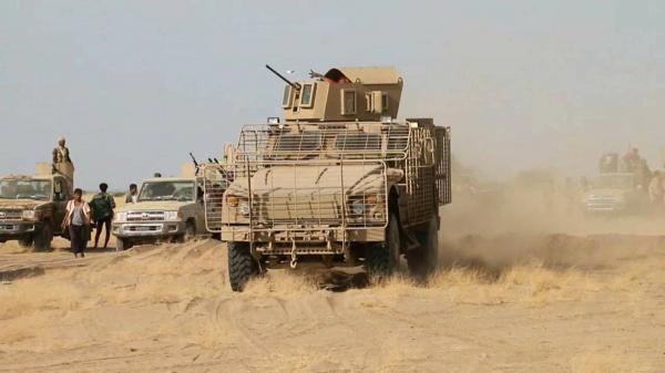 22 قتيلاً حوثياً وتدمير عربة وآلية في جبهة قانية بالبيضاء