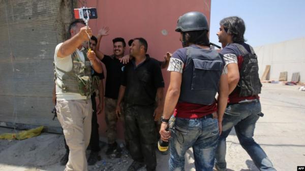 """العراق.. """"لائحة سوداء"""" بأسماء المعتدين على الصحفيين"""
