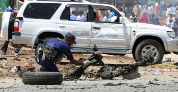 قتل سبعة أشخاص على الأقل في اعتداء انتحاري مزدوج في الصومال