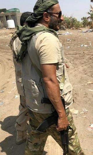 صور- العميد طارق صالح يتفقد المرابطين في جبهة الساحل الغربي