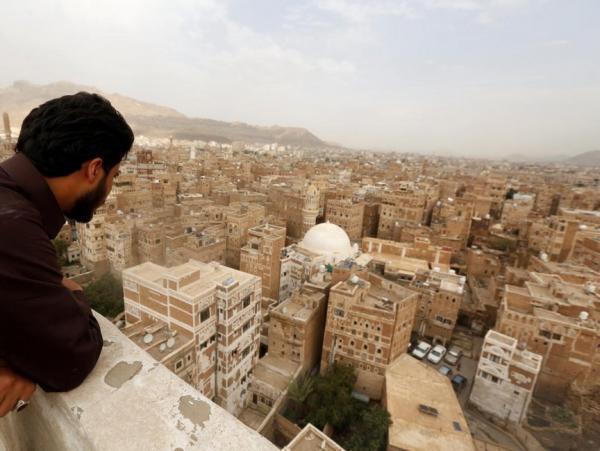مليشيا الحوثي تفرض إتاوات على ملاك الأراضي وتمنعهم من البناء