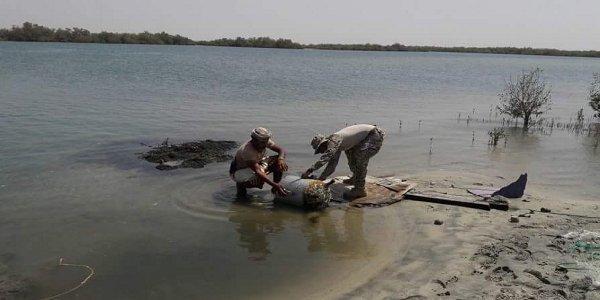 استشهاد صيادين اثنين بانفجار لغم بحري زرعه الحوثيون في سواحل الحديدة