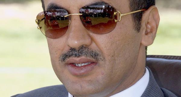السفير أحمد علي عبدالله صالح يُعزي البرلماني باجيل في استشهاد نجله