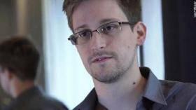 صحيفة : العميل الامريكي سنودن لا يحتفظ بنسخ من الوثائق التي سربها