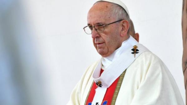 البابا يدعو إلى ضبط النفس في الخليج بعد هجمات على ناقلتي نفط