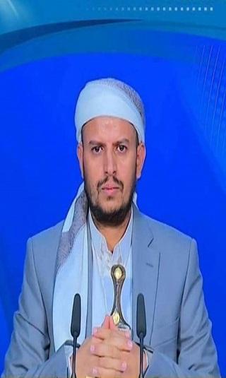 """في فيديو بثه مشرفوه بالدوائر الأمنية.. الحوثي يصف حاشد بـ""""قطاع الطرق ونهّابة"""""""