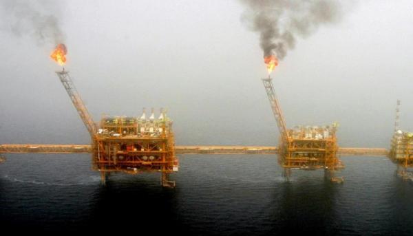 رويترز: إيران تتراجع للمركز السادس بين أكبر موردي النفط للهند في نوفمبر